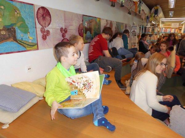 lesung-in-der-stadtbibliothek-dsci1098